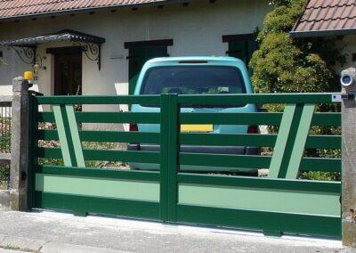 beau portail vert alsace